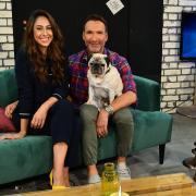 """""""Promi Big Brother - Die Late Night Show"""" wird von  Melissa Khalaj und Jochen Bendel moderiert."""