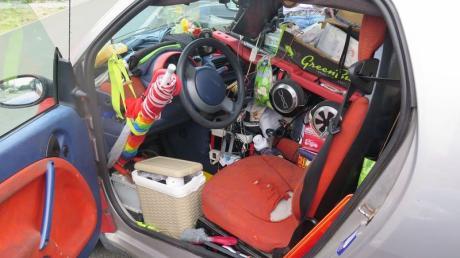 Der 52-jährige Fahrer des Kleinwagens konnte kaum durch die Windschutzscheibe sehen.