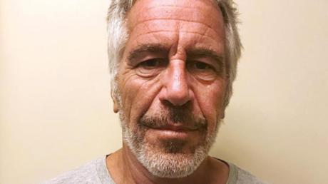 Der wegen Missbrauchs minderjähriger Mädchen angeklagte US-Unternehmer Jeffrey Epstein hat sich in einem Gefängnis in New York umgebracht. Foto. New York State Sex Offender Registry/AP