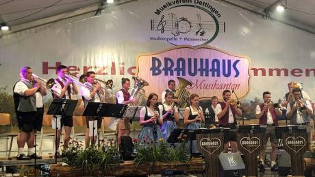 Die Brauhausmusikanten haben mit dem Musikverein Dettingen 110-jähriges Bestehen gefeiert.