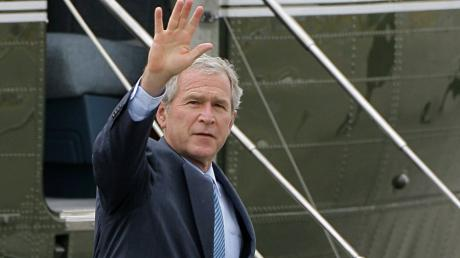 US-Präsident George W. Bush hatte einen schwierigen Start im Weißen Haus. Das lag auch an Computertastaturen.