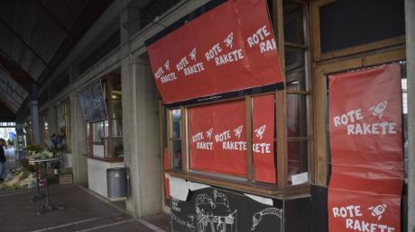 """Aus der Schwarzen Kiste am Moritzplatz wird die """"Rote Rakete""""."""