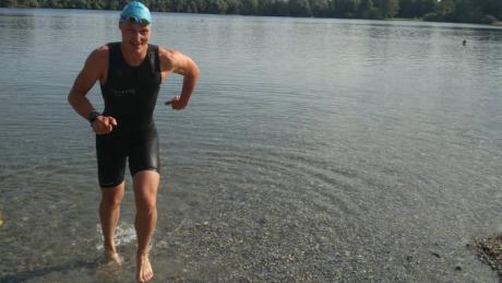 Der Augsburger Christopher Schumann nimmt an der Half Ironman Weltmeisterschaft in Nizza teil.