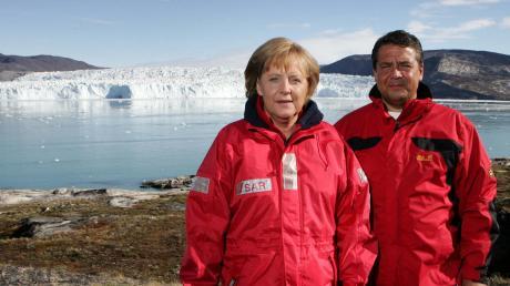 Damals 2007: Bundeskanzlerin Angela Merkel und der Ex-Umweltminister Sigmar Gabriel vor Gletscher in Grönland.