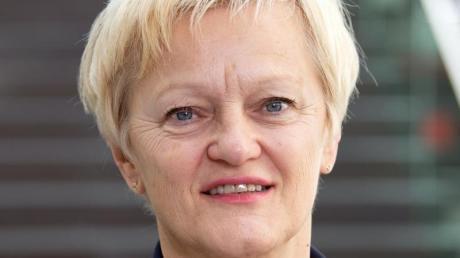 Renate Künast ist vor Gericht mit dem Versuch gescheitert, gegen wüste Beschimpfungen auf Facebook gegen sie vorzugehen.