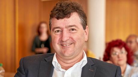 Stefan Kiefer wird künftig als Rechtsanwalt bei der Caritas Augsburg Betriebsträger gGmbH und als freiberuflicher Anwalt tätig sein.