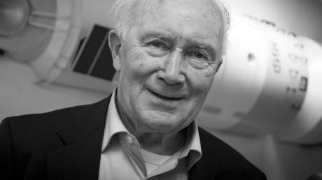 Sigmund Jähn ist am 21. September 2019 im Alter von 82 Jahren gestorben.