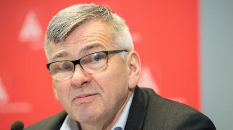 Jörg Hofmann.jpg