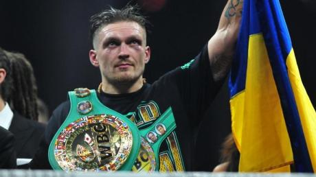 Boxen: Oleksandr Usyk (Bild) tritt gegen Chazz Witherspoon an.
