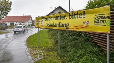 Die Lengenfelder, die direkt an der Staatsstraße wohnen, können auf Besserung hoffen. Die Regierung von Oberbayern hat der Ortsumfahrung zugestimmt.