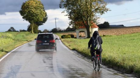 Die Einwohner der Gemeinde Bibertal wünschen sich einen Radweg zwischen Kissendorf und Anhofen.