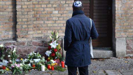 Trauer in Halle: Der Attentäter wollte ein Blutbad in einer Synagoge anrichten.