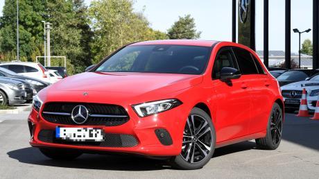 Ein flotter Hingucker: Der Hauptgewinn des Augsburger Presseballs ist wieder ein Auto. Diesmal wartet eine Mercedes A-Klasse auf den Gewinner. Der Wagen hat 109 PS und ist 31.300 Euro wert.