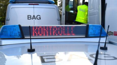 Polizei A8 Schwerlastkontrolle Leipheim