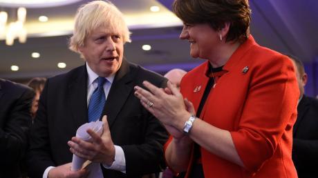 Boris Johnson hatte bei der Umsetzung des Brexits auf die Unterstützung der erzkonservativen Partei DUP gesetzt. Doch deren Vorsitzende Arlene Foster macht klar, dass sie den Deal ablehnt.