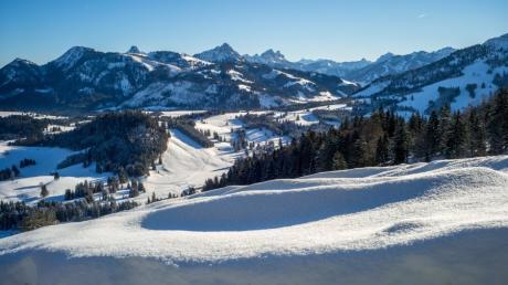 In einigen Skigebieten kann die Saison schon früher beginnen als geplant.