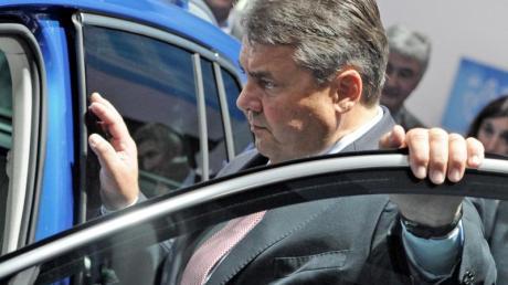 Bald neuer Chef beim Verband der Automobilindustrie? Der ehemalige Bundeswirtschaftsminister und SPD-Chef Sigmar Gabriel. Foto: Valentin Gensch/dpa