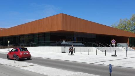 Auch die sanierte Inselhalle in Lindau gehört zu den Projekten, bei denen laut Steuerzahlerbund viel Geld verschwendet wurde. Foto: -/Bund der Steuerzahler/dpa