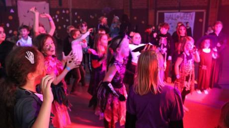An der Grund- und Mittelschule in Stätzling fand bereits am 24. Oktober eine Halloween-Party statt.