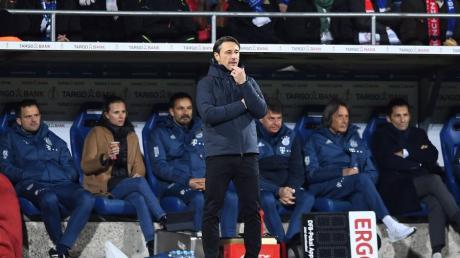 Niko Kovac muss mitansehen, wie sich sein FC Bayern beim Zweitligisten VfL Bochum sehr schwertut. Über 60, 70 Minuten hätte sein Team sehr viel falsch gemacht, sagt der Trainer. Nun geht es darum, die richtigen Schlüsse zu ziehen.