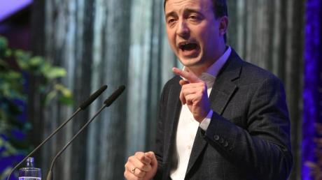 CDU-Generalsekretär Paul Ziemiak nennt den Vorstoß von 17 Thüringer Parteikollegen zu Gesprächen mit der AfD «irre».