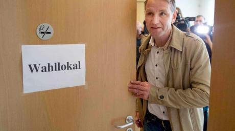AfD-Landeschef Björn Höcke nach seiner Stimmabgabe im thüringischen Bornhagen.