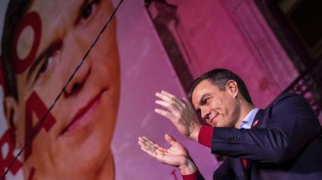 Pedro Sánchez hat mit den Sozialisten zwar die Wahl gewonnen, aber keine Regierungsmehrheit. Foto: Bernat Armangue/AP/dpa