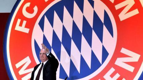 Uli Hoeneß wird am Freitag als Präsident des FC Bayern verabschiedet.