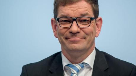 Stabwechsel bei Audi: Am Mittwoch übernimmt Markus Duesmann die Vorstandsgeschäfte von Bram Schot. Duesmann war einst für den Münchner Autobauer BMW tätig.