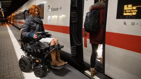 Anja Härtl, Rollstuhlfahrerin