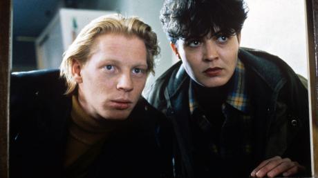 """Rückblick: In ihrem dritten Tatort """"Der  Tod im Häcksler"""" 1991 arbeitet Lena Odenthal (Ulrike Folkerts) in Zarten mit dem jungen Ortspolizisten Stefan Tries (Ben Becker) zusammen."""