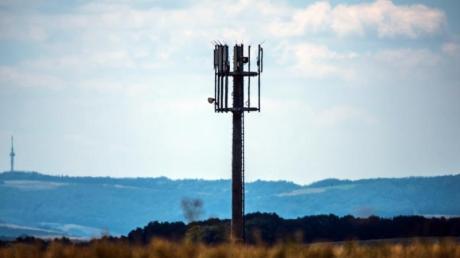 Mobilfunkmast bei Meisenheim in Rheinland-Pfalz. Foto: Andreas Arnold/dpa