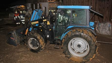Ein Traktor war in Unterroth in Brand geraten.