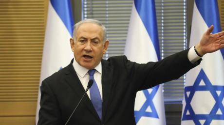 Benjamin Netanjahu, Premierminister von Israel, will trotz Korruptionsanklagen weiter machen.