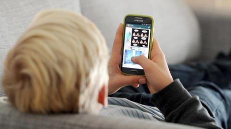 Laut einer WHO-Studie sind Jugendliche zu wenig aktiv. Als Grund wird auch die verstärkte Mediennutzung genannt.