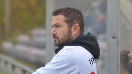 Markus Specht, Trainer des TSV Friedberg, traut dem FCA, den Bayern und seinem eigenen Team einen Sieg zu.
