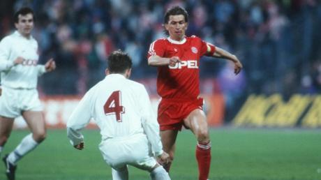 Die Bayern um Klaus Augenthaler waren gegen Roter Stern Belgrad (im Bild: Vladimir Jugovic) im Halbfinale 1991 nicht die schlechtere Mannschaft. Am Ende aber entschied ein dicker Patzer von Raimund Aumann das Aufeinandertreffen.