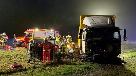 Bei Nersingen (Landkreis Neu-Ulm) ist es zu einem schweren Unfall gekommen.