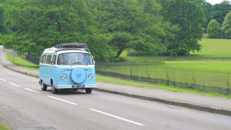 Ab 2020 wird ein VW Bus durch den Landkreis touren und Jugendliche zu ihren Wünschen befragen.