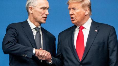 Nato-Generalsekretär Stoltenberg und US-Präsident Trump beim Gipfel in Großbritannien.