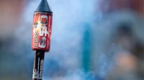 Für viele gehört Feuerwerk einfach zu Silvester dazu. Bei geprüften Artikeln kann man darauf vertrauen, dass sie sicher zünden.