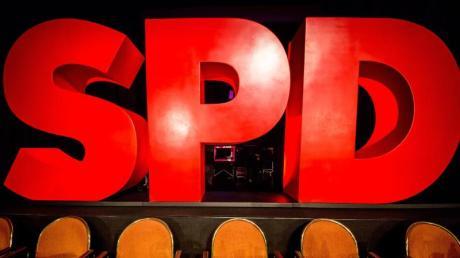 Bleibt die SPD in der großen Koalition? Im Moment sieht es so aus.