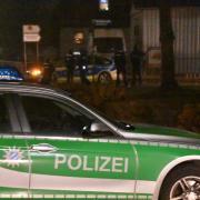 In Asbach-Bäumenheim war am Donnerstagabend ein Großaufgebot der Polizei im Einsatz.