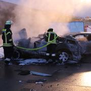 Nach einem Unfall ist die A8 zwischen Adelsried und Neusäß in Fahrtrichtung Augsburg gesperrt.
