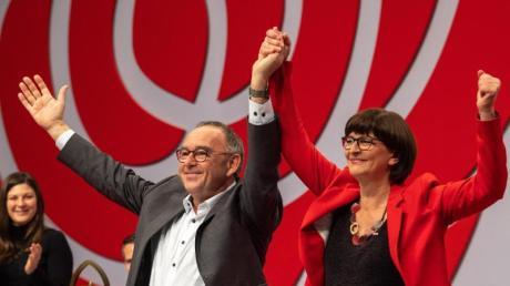 Saskia Esken  und Norbert Walter-Borjans sind die neuen SPD-Chefs.