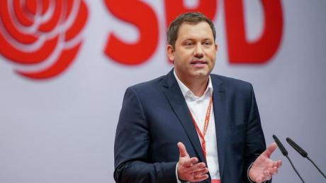SPD-GeneralsekretärLars Klingbeil fordert eine Beobachtung der AfD.