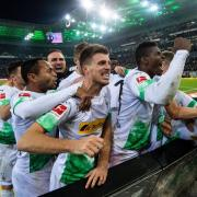 Gladbach spielt in der Bundesliga beim Fußball am Samstag, 22.2.2020, gegen die TSG Hoffenheim. Hier gibt es die Infos zur Übertragung live im TV und Stream - mit Ticker, Spielstand und Spielplan.