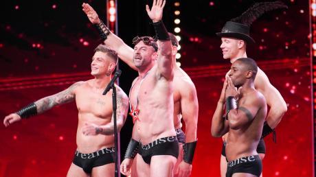 """""""Das Supertalent"""" 2019, Folge 12 am 7.12.19 auf RTL: Die """"Candy Men"""" aus Amsterdam überzeugten am Ende mit nackter Haut. Welche Kandidaten weiter sind, lesen Sie im Nachbericht."""