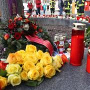 Ein 49-jähriger Mann aus dem Landkreis Augsburg ist in der Nacht auf Samstag am Königsplatz niedergeschlagen worden und kurz darauf im Rettungswagen gestorben.