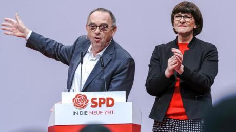 """Norbert Walter-Borjans und Saskia Esken - oder wie sie auch genannt werden: """"Walter und Eskia"""" - sind die beiden neuen Bundesvorsitzenden der SPD."""